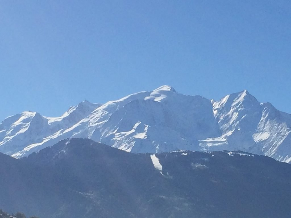 A beautiful view of Mont Blanc distracts you from visiting the dentist