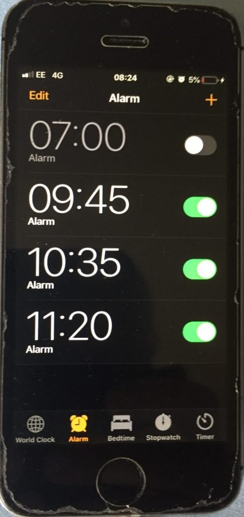 Use the alarms on your phone to remind you to move